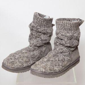 UGG Isla Boot Size 10